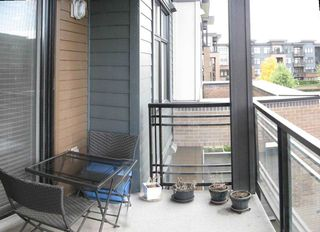 """Photo 21: 301 20078 FRASER Highway in Langley: Langley City Condo for sale in """"Varsity"""" : MLS®# R2510892"""