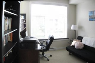 """Photo 15: 301 20078 FRASER Highway in Langley: Langley City Condo for sale in """"Varsity"""" : MLS®# R2510892"""