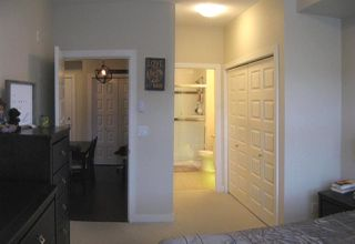 """Photo 13: 301 20078 FRASER Highway in Langley: Langley City Condo for sale in """"Varsity"""" : MLS®# R2510892"""