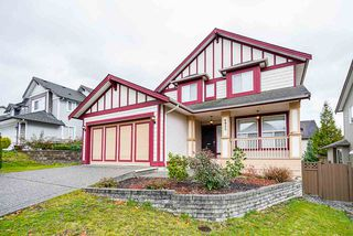 """Photo 2: 6932 197B Street in Langley: Willoughby Heights House for sale in """"Providence"""" : MLS®# R2517449"""