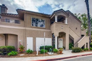 Photo 2: TIERRASANTA Condo for sale : 2 bedrooms : 11060 Portobelo Dr in San Diego