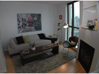 Photo 3: 2308 501 PACIFIC Street in Vancouver: Downtown VW Condo for sale (Vancouver West)  : MLS®# V815526