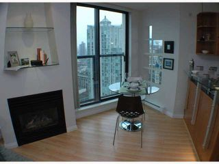 Photo 4: 2308 501 PACIFIC Street in Vancouver: Downtown VW Condo for sale (Vancouver West)  : MLS®# V815526