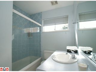 """Photo 9: 15 9540 PRINCE CHARLES Way in Surrey: Queen Mary Park Surrey Townhouse for sale in """"Cedar Hills"""" : MLS®# F1024039"""