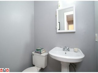 """Photo 7: 15 9540 PRINCE CHARLES Way in Surrey: Queen Mary Park Surrey Townhouse for sale in """"Cedar Hills"""" : MLS®# F1024039"""