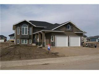 Photo 1: 414 Hogan Way: Warman Single Family Dwelling for sale (Saskatoon NW)  : MLS®# 390772