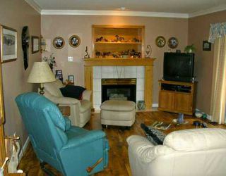 """Photo 4: 23138 121A AV in Maple Ridge: East Central House for sale in """"BLOSSOM PARK"""" : MLS®# V576465"""