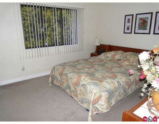 "Photo 6: 13344 100TH Avenue in Surrey: Whalley House 1/2 Duplex for sale in ""CENTRAL CITY"" (North Surrey)  : MLS®# F2904707"