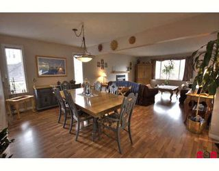Photo 5: 16068 80A Avenue in Surrey: Fleetwood Tynehead House for sale : MLS®# F2910416