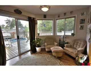 Photo 4: 16068 80A Avenue in Surrey: Fleetwood Tynehead House for sale : MLS®# F2910416