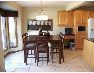 Main Photo: 123 VANDERBILT Drive in WINNIPEG: Fort Garry / Whyte Ridge / St Norbert Residential for sale (South Winnipeg)  : MLS®# 2914225