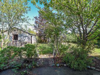 Photo 2: 2070 Cooke Ave in COMOX: CV Comox (Town of) House for sale (Comox Valley)  : MLS®# 825428