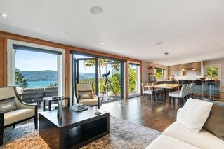 "Photo 4: 6239 OVERSTONE Drive in West Vancouver: Gleneagles House for sale in ""Gleneagles"" : MLS®# R2412663"