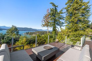 "Photo 19: 6239 OVERSTONE Drive in West Vancouver: Gleneagles House for sale in ""Gleneagles"" : MLS®# R2412663"