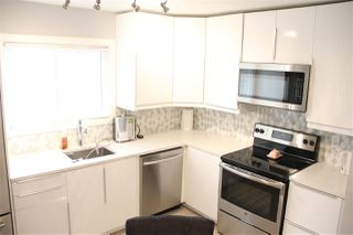 Photo 3: 143 KASKITAYO Court in Edmonton: Zone 16 Townhouse for sale : MLS®# E4178226
