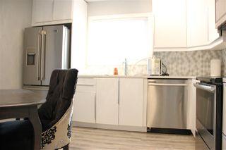 Photo 2: 143 KASKITAYO Court in Edmonton: Zone 16 Townhouse for sale : MLS®# E4178226