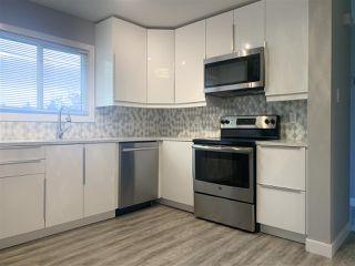 Photo 14: 143 KASKITAYO Court in Edmonton: Zone 16 Townhouse for sale : MLS®# E4178226