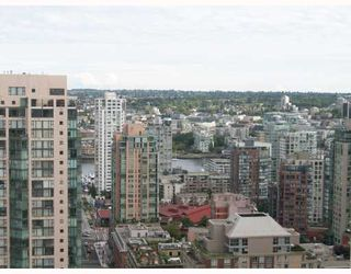 "Photo 3: 2806 1199 SEYMOUR Street in Vancouver: Downtown VW Condo for sale in ""Brava"" (Vancouver West)  : MLS®# V780863"