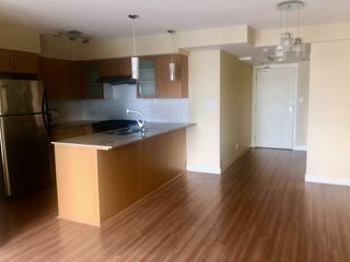 Photo 3: 801 8068 WESTMINSTER Highway in Richmond: Brighouse Condo for sale : MLS®# R2419442