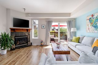 "Photo 3: 96 2000 PANORAMA Drive in Port Moody: Heritage Woods PM Townhouse for sale in ""MOUNTAINS EDGE"" : MLS®# R2482092"