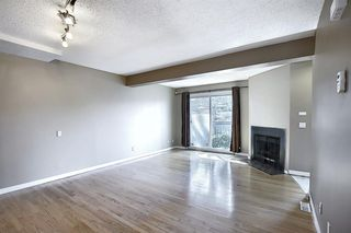 Photo 8: 89 2511 38 Street NE in Calgary: Rundle Row/Townhouse for sale : MLS®# A1022861