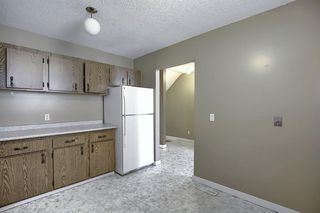 Photo 13: 89 2511 38 Street NE in Calgary: Rundle Row/Townhouse for sale : MLS®# A1022861