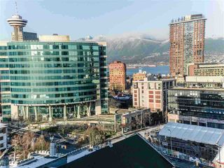 """Main Photo: 1806 668 CITADEL Parade in Vancouver: Downtown VW Condo for sale in """"SPECTRUM 2"""" (Vancouver West)  : MLS®# R2492289"""
