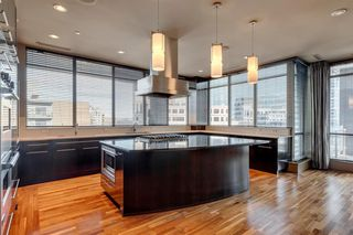 Photo 4: 1001 701 3 Avenue SW in Calgary: Downtown Commercial Core Apartment for sale : MLS®# A1050248