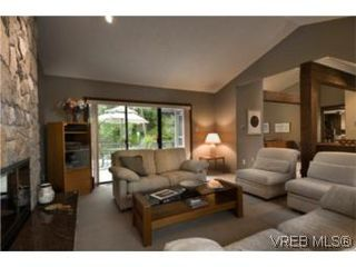 Photo 7: LUXURY REAL ESTATE FOR SALE IN DEAN PARK NORTH SAANICH, B.C. CANADA SOLD With Ann Watley