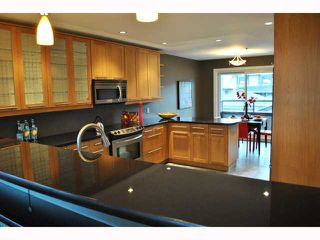 "Photo 3: 932 W 19TH Avenue in Vancouver: Cambie House for sale in ""DOUGLAS PARK"" (Vancouver West)  : MLS®# V815028"