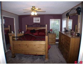 "Photo 6: 27A 24330 FRASER Highway in Langley: Otter District Manufactured Home for sale in ""Langley Grove Estates"" : MLS®# F2825559"