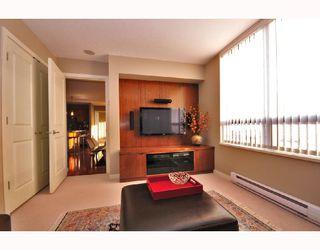 "Photo 5: 1703 4333 CENTRAL Boulevard in Burnaby: Metrotown Condo for sale in ""PRECEDIA"" (Burnaby South)  : MLS®# V741696"