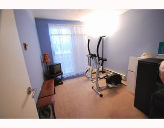 Photo 9: 4 8580 WESTMINSTER Highway in Richmond: Brighouse Townhouse for sale : MLS®# V755517