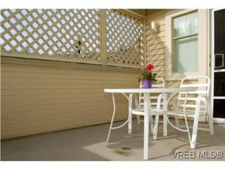 Photo 9: 7 850 Parklands Dr in VICTORIA: Es Gorge Vale Row/Townhouse for sale (Esquimalt)  : MLS®# 499917