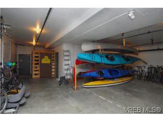 Photo 15: 403 1085 Tillicum Rd in VICTORIA: Es Kinsmen Park Condo Apartment for sale (Esquimalt)  : MLS®# 504110