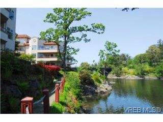 Photo 14: 403 1085 Tillicum Road in VICTORIA: Es Kinsmen Park Condo Apartment for sale (Esquimalt)  : MLS®# 263087