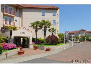 Photo 2: 403 1085 Tillicum Road in VICTORIA: Es Kinsmen Park Condo Apartment for sale (Esquimalt)  : MLS®# 263087