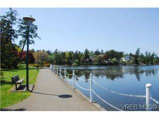 Photo 17: 403 1085 Tillicum Road in VICTORIA: Es Kinsmen Park Condo Apartment for sale (Esquimalt)  : MLS®# 263087
