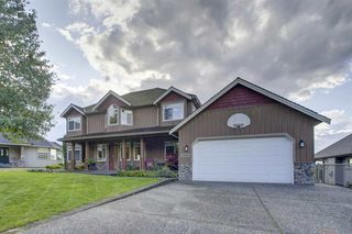 """Main Photo: 2393 ORCHARD Place in Abbotsford: Abbotsford East House for sale in """"Mcmillan"""" : MLS®# R2406462"""