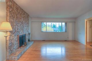 Photo 6: 928 Easter Rd in VICTORIA: SE Quadra Single Family Detached for sale (Saanich East)  : MLS®# 830141