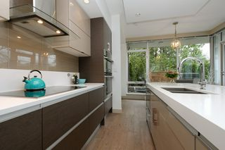 Photo 8: 105 200 Douglas Street in VICTORIA: Vi James Bay Condo Apartment for sale (Victoria)  : MLS®# 420559