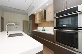 Photo 10: 105 200 Douglas Street in VICTORIA: Vi James Bay Condo Apartment for sale (Victoria)  : MLS®# 420559