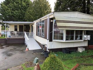 """Photo 1: 7 8220 KING GEORGE Boulevard in Surrey: East Newton Manufactured Home for sale in """"crestway bays"""" : MLS®# R2434788"""