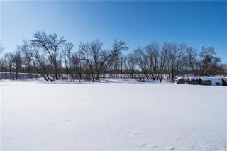 Photo 21: 22 Royal Salinger Road in Winnipeg: Niakwa Place Residential for sale (2H)  : MLS®# 202003509