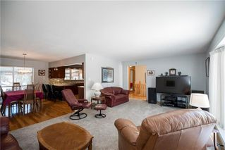 Photo 2: 22 Royal Salinger Road in Winnipeg: Niakwa Place Residential for sale (2H)  : MLS®# 202003509