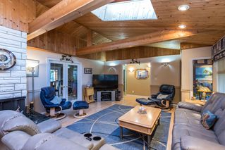 Photo 24: 2421 GLENWOOD Avenue in Port Coquitlam: Woodland Acres PQ House for sale : MLS®# R2463643