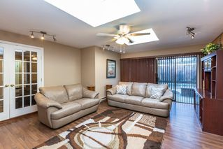 Photo 8: 2421 GLENWOOD Avenue in Port Coquitlam: Woodland Acres PQ House for sale : MLS®# R2463643