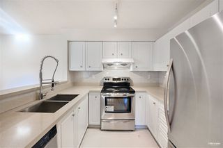 """Photo 14: 8 7520 18TH Street in Burnaby: Edmonds BE Townhouse for sale in """"WESTMOUNT PARK"""" (Burnaby East)  : MLS®# R2513250"""