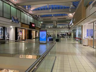 Photo 3: 392 4800 KINGSWAY in Burnaby: Metrotown Business for sale (Burnaby South)  : MLS®# C8035065