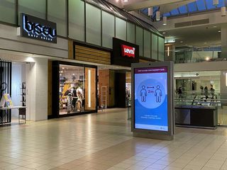 Photo 2: 392 4800 KINGSWAY in Burnaby: Metrotown Business for sale (Burnaby South)  : MLS®# C8035065